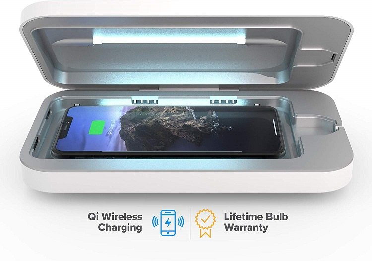 Box that cleans your smartphone with uv light