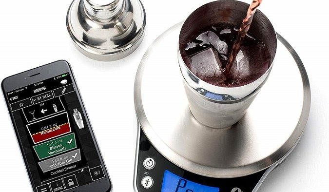 Drink weight with app which makes the perfect drink